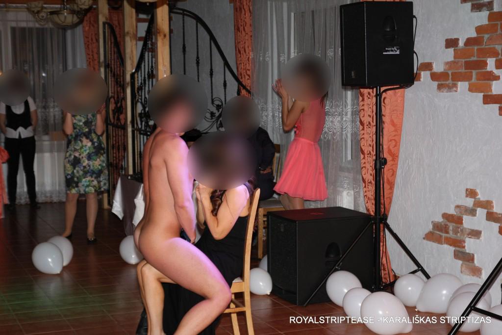 striptizo šokėjai Šiauliuose