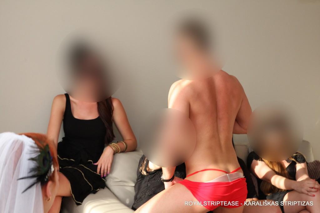 striptizo pamoka mergvakariui2