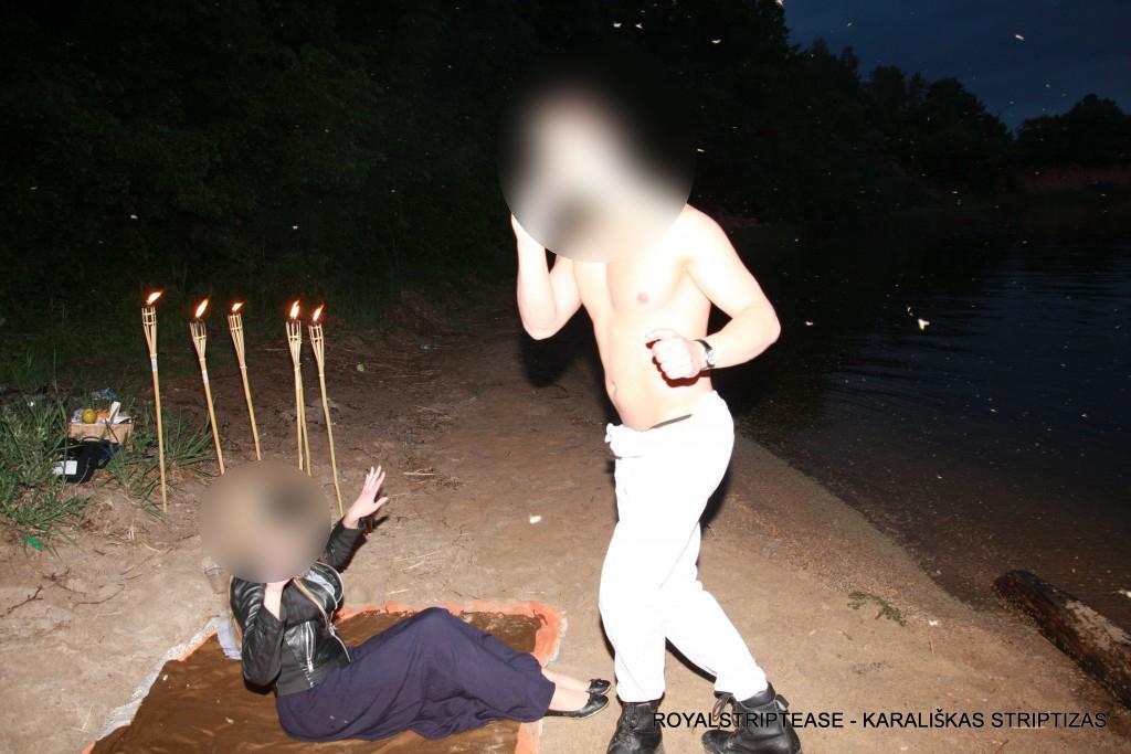 vyru striptizas gelbetojai siauliai