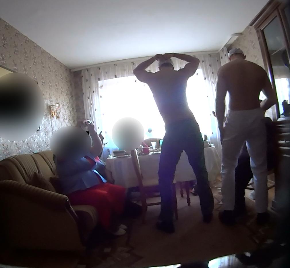 striptizo šokėjai į namus vilniuje gimtadieniui