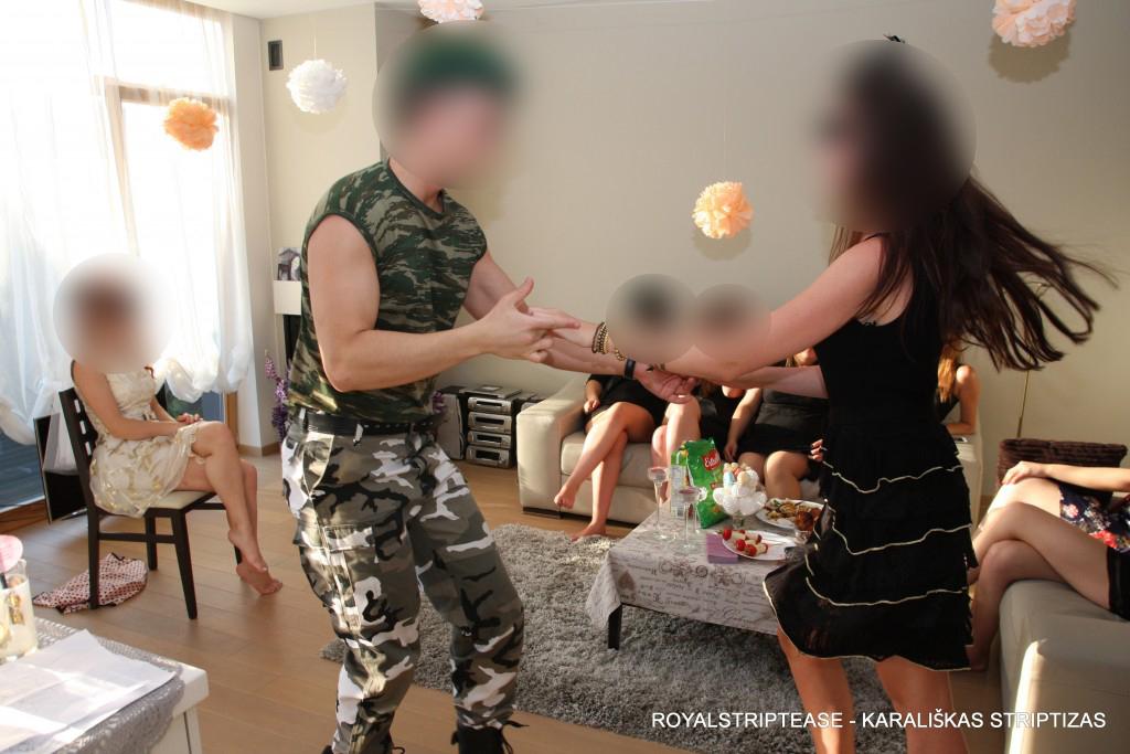 striptizo šokėjas vakarėliui
