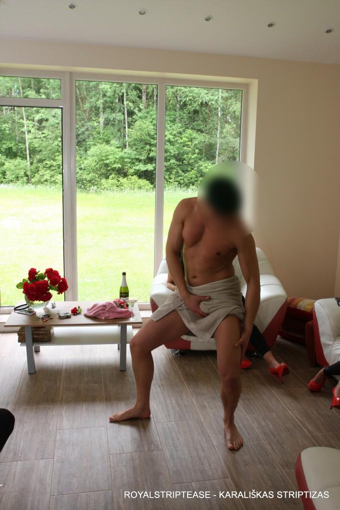 vyriskas striptizas siauliai