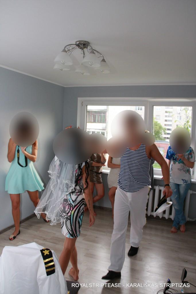 Striptizo šokėjas į namus Utenoje